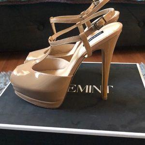 ShoeMint Nude heels! Brand New!